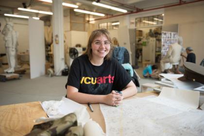 vcuarts student working internship