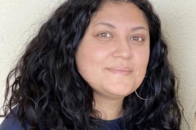 Headshot of Sadia Mir